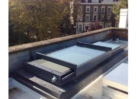 Standard Sliding over Fixed rooflight