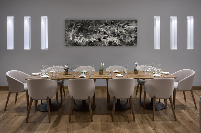 Atkinson & Kirby helps create ambience for Theo Randall at the InterContinental London Park Lane