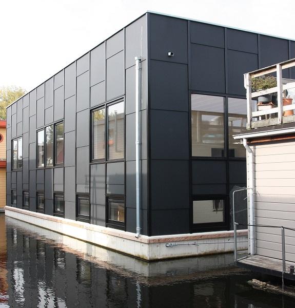 MEDITE TRICOYA EXTREME used on floating houseboat
